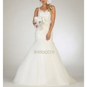 Wedding gown. Formal bridal dress. Plus size
